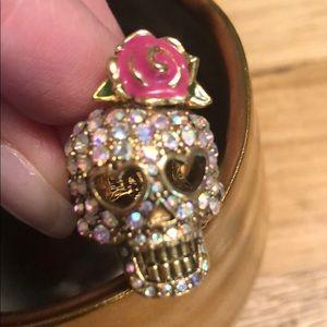 NWOT Betsey Johnson Skull Ring
